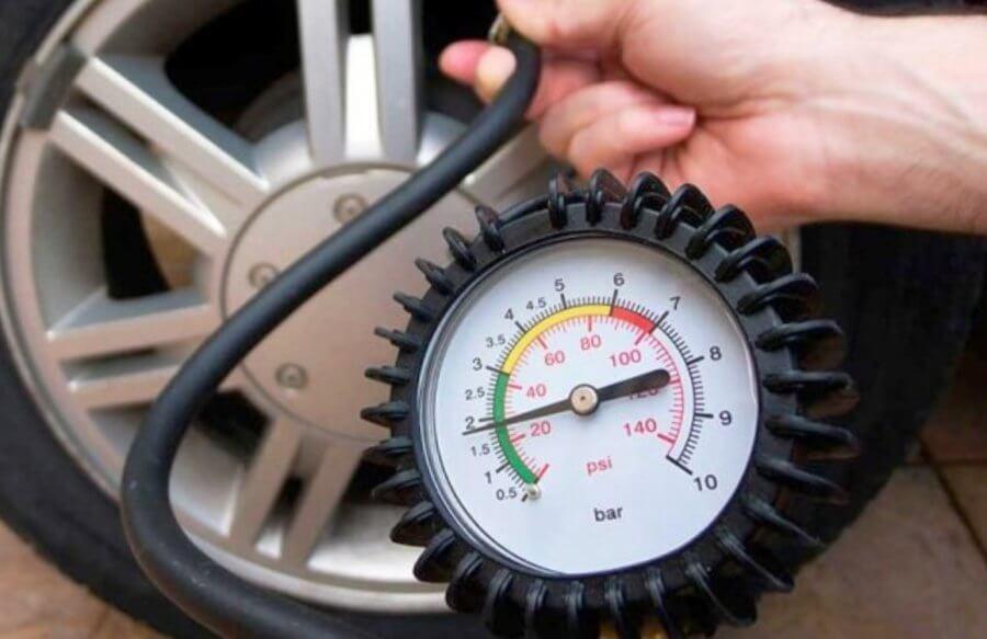 давление в шинах помогает экономить топливо
