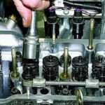 Регулировка зазоров в приводе клапанов двигателя ВАЗ-21213 Нива