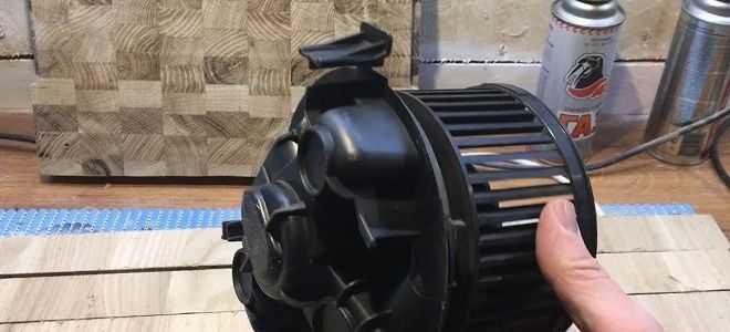 Замена моторчика печки Рено Логан с кондиционером и без: как снять и произвести ремонт, почему не работает   фото и видео
