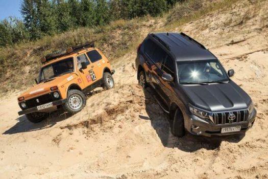 «Здесь кроме Нивы никто не пройдет»: Блогеры сравнили на бездорожье Toyota Land Cruiser Prado и LADA 4x4
