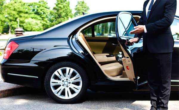 Аренда автомобиля с водителем: где заказать услугу